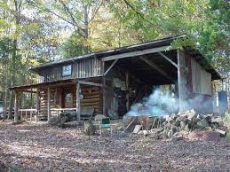 Small Hunting Cabin Interiors   Thread: Deer Hunting Cabin   Cool Cabins    Pinterest
