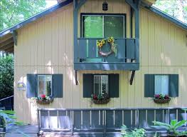 mountain highlands cottage with all amenities beautiful view