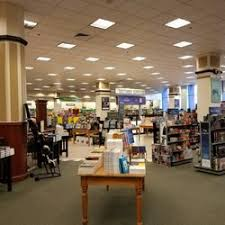 Barnes & Noble 69 s & 146 Reviews Bookstores