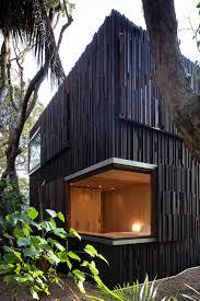 Grand Designs New Zealand Log House Under Pohutukawa Herbst Architects