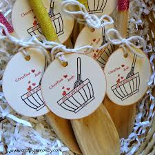 glittered spoons bridal shower favors diy bridal shower weddding shower diy favors