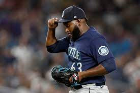 Mariners dilly, dally, lose 3-2 ...