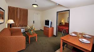 Las Vegas 2 Bedroom Suites Best 2 Bedroom Suites In Vegas Full Size Of Bedroomaria Two