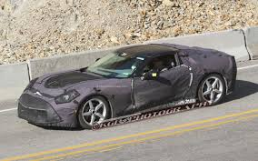 2014 Chevrolet Corvette C7 Gains New LT1 6.2-Liter V-8