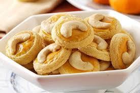 Siapkan bahan untuk membuat kue sagu keju yang manis, gurih dan renyah ini. Resep Kue Kacang Mede Renyah Dan Gurih Untuk Sajian Lebaran