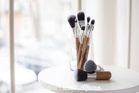 diy makeup brush cleaner use this simple method to clean makeup brushes naturally dontmesswithmama