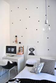black white simple bedroom decorating ideas for young women