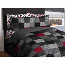 full size of bedding bedroom curtains red white sheets queen striped a bag theme king black