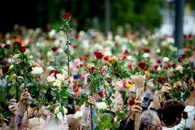 Juli erzählt die wahre geschichte des rechtsextremen terroristen und massenmörders anders behring breivik, der am 22. Statsministerens Tale Etter Terroren 22 Juli Norgeshistorie
