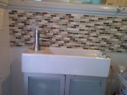 bathroom tile backsplash. Wunderschön Attraktive Dekoration Backsplash Idee Bathroom Stunning Tile Ideas On Small Resident