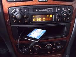 Anschließend löst man die 4 schrauben seitwärts am gehäuse. Aux Anschluss Audio 10 Cc Startseite Forum Auto Me