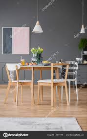 Moderne Esszimmerstühle Tisch Stockfoto Photographeeeu