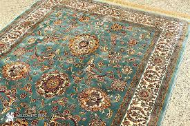 shah abbasi palmetto flower design of persian rug