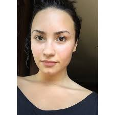 demi lovato is the definite master of no makeup selfies