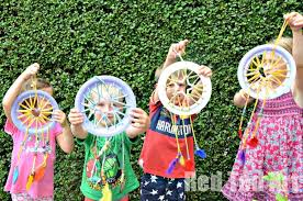 Dream Catcher Party Plates Fascinating Paper Plate Crafts Dream Catchers With Hearts Red Ted Art's Blog