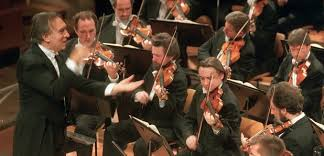<b>Claudio Abbado's</b> Orchestra <b>Mozart</b> to close 'temporarily' - Classic FM