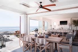 california interiors 18 examples of coastal chic decor