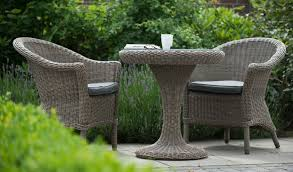 4 seasons outdoor pure chester dining