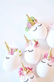 cute unicorn party decoration idea she used eggs but these would work with white balloons too