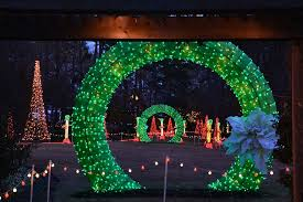 win 6 tickets to the holiday lights at garvan gardens little rock family