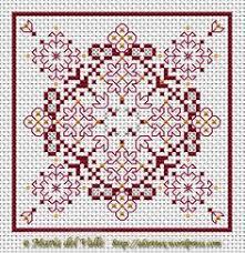 Free Biscornu Charts 111 Best Biscornu Pincushions Images Biscornu Cross Stitch