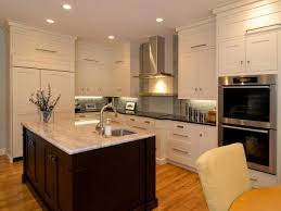 Shaker Style Kitchen Cabinets Design