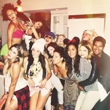 TSinBrazil: Tudo sobre As Festas de 21 anos da Selena