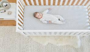 6 easy nursery decorating ideas