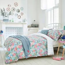 bright floral bedding  joules chelsea bed linen at bedeck