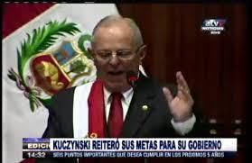 EL PRESIDENTE DEL PERU ha dicho que no habra clases hasta nuevo aviso y para compensar a los alumnos hara una batalla de los gallos de redbull en huaylas