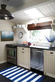 nautical kitchen with open shelves