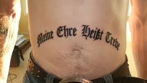 Strakonický Soud Osvobodil Vojáka S Nacistickým Tetováním Tncz
