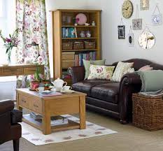 Queen Anne Living Room Furniture Apartment Living Room Ideas On A Budget Queen Anne Base Legs