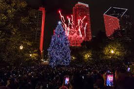 christmas tree lighting chicago. Photos: Chicago Kicks Off Holiday Season With Christmas Tree Lighting: Chicagoist Lighting