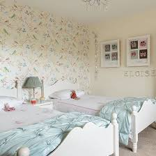 Wallpaper For A Girl Bedroom