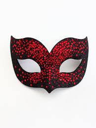Masquerade Mask Decorating Ideas Couple masquerade mask pair centerpiece Gold masquerade costume 31