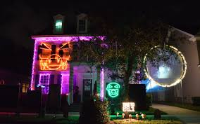 chloes inspiration halloween outdoor decorations in celebration check out the fun video of this house for check haunted house