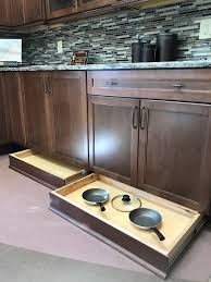 Masterbrand Kitchen Cabinets Kitchen Bath Showroom Crown Construction Inc