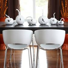 ... halloween-table-decorations ...