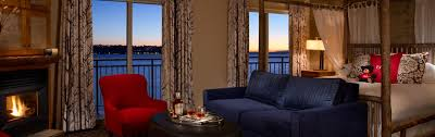Seattle Waterfront Hotel Near Pike Place The Edgewater Hotel - Seattle hotel suites 2 bedrooms