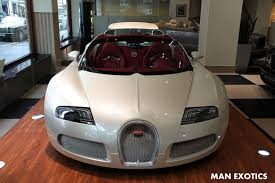 Only 3,400 miles from new. White 2010 Bugatti Veyron Grand Sport Could Be Yours If You Re Rich Gtspirit