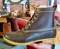 signature 8 l l bean boot by l l bean manufactured in maine since 1912 is a best er triple stitched supportive steel shank variations include 6