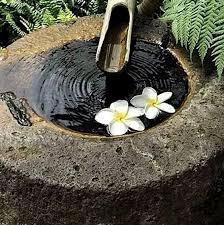 make lightweight garden art projects that last with hypertufa container water gardens