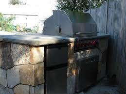Building A Outdoor Kitchen How To Build A Diy Outdoor Bar How Tos Diy