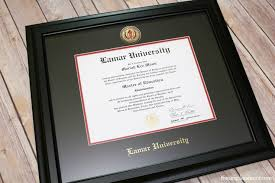 three options for showcasing your diploma church hill classics lamar diploma frame from church hill classics