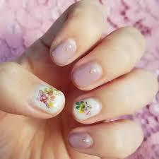 100均キャンドゥの押し花ネイルが春っぽくて可愛いんです