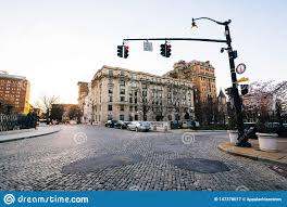City Of Mount Vernon Red Light Tickets Cobblestone Traffic Circle And Historic Buildings In Mount