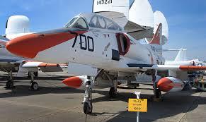ta 4j skyhawk
