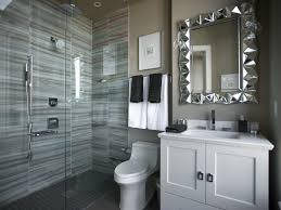 Bathroom:Welcoming Guest Bathroom Design With Subway Tiles And Wall Arts  Lively Guest Bathroom Design