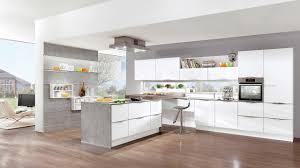 L küche Mit Kochinsel Ta y ta y
